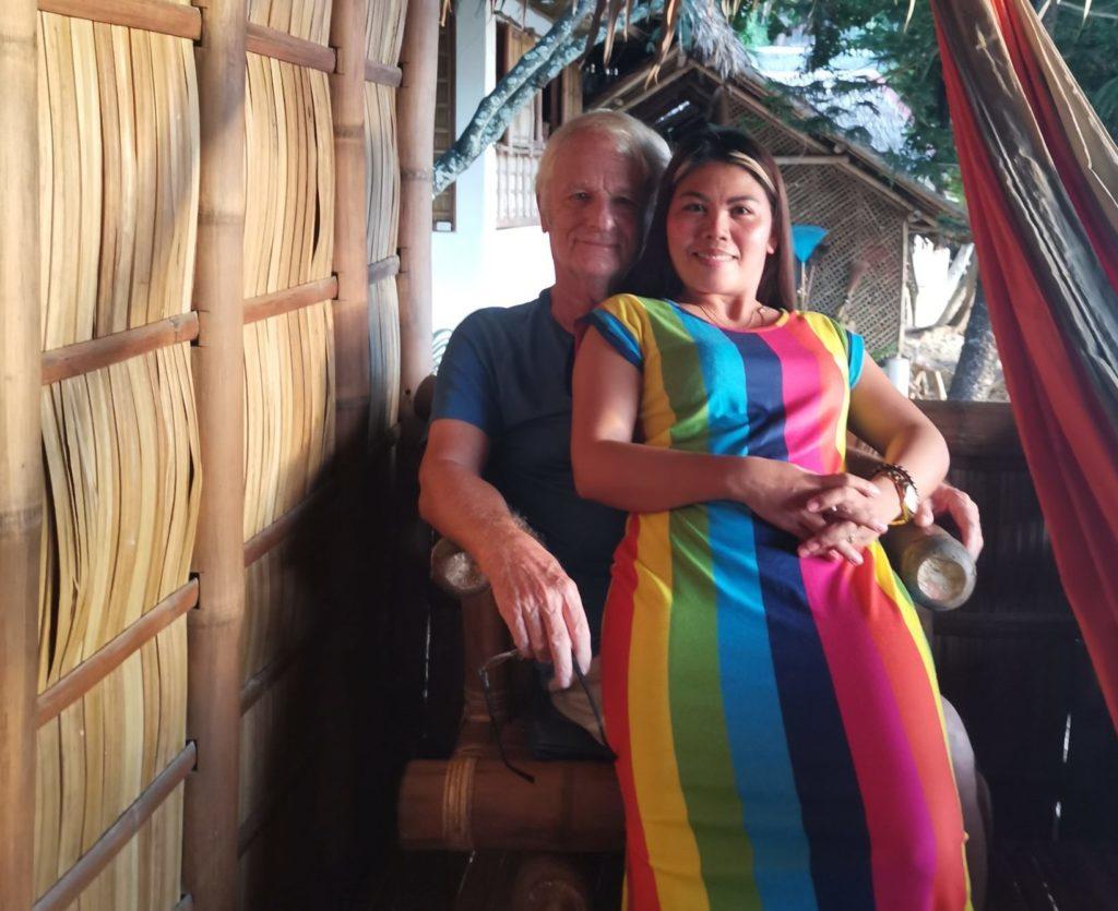 Expat and filipina